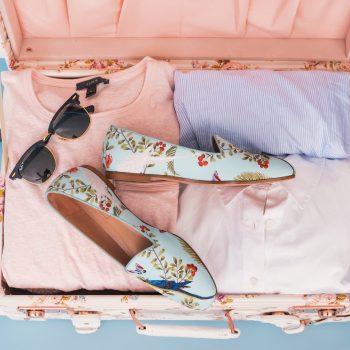 Jak spakować się na wakacje, na które lecisz samolotem
